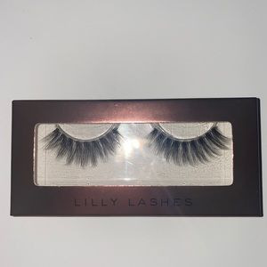 Lilly lashes limited edition